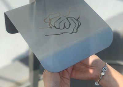 distributore disinfettante mani automatico